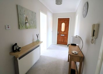 Thumbnail 2 bed flat for sale in Longdales Place, Falkirk