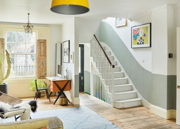 Queensbridge Road, London E8. 4 bed terraced house for sale
