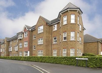Thumbnail 2 bed flat to rent in Burleigh Gardens, Woking