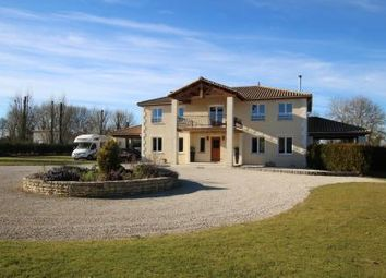 Thumbnail 4 bed country house for sale in Chef-Boutonne, Deux Sevres, France