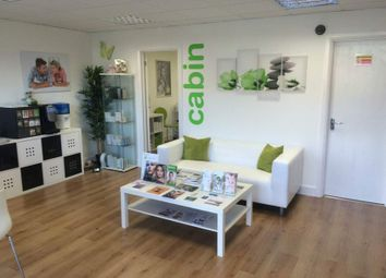 Thumbnail Commercial property to let in Beauty Clinic/Salon, Southampton