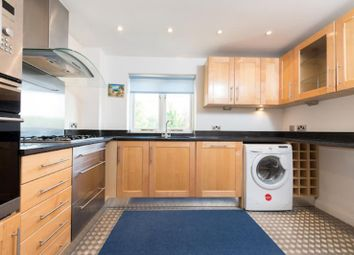 Thumbnail 3 bed flat to rent in Blondin Street, Bow