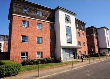 Thumbnail 2 bedroom flat for sale in Riverside Close, Romford