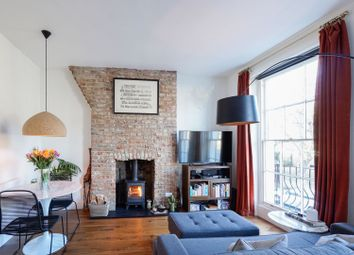 2 bed maisonette for sale in Bewdley Street, Islington N1