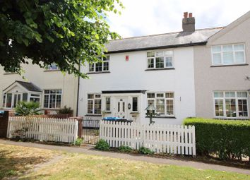 Wellington Road, Caterham CR3. 3 bed terraced house