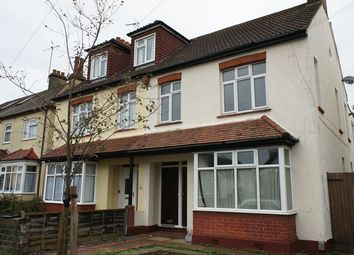 Thumbnail 1 bedroom flat to rent in Rylands Road, Southend-On-Sea