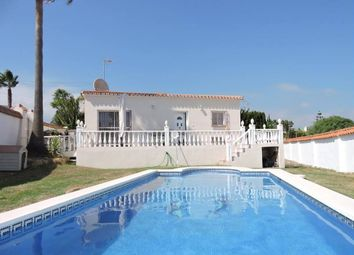 Thumbnail 2 bed villa for sale in Vacaciones, Estepona, Málaga, Andalusia, Spain