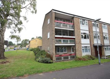 Thumbnail 2 bed flat for sale in Segsbury Grove, Bracknell