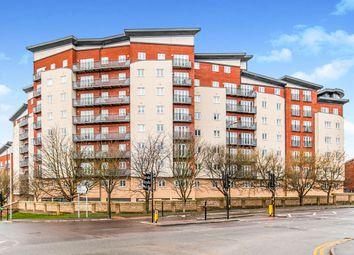 2 bed flat for sale in Aspects Court, Slough SL1
