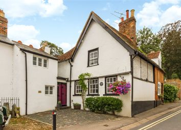 Gravel Hill, Henley-On-Thames, Oxfordshire RG9. 3 bed terraced house