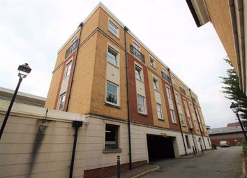 Thumbnail 2 bed flat to rent in Crowder Close, North Finchley, London