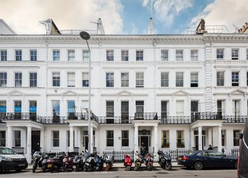 Thumbnail 3 bed flat for sale in Cromwell Place, South Kensington, London