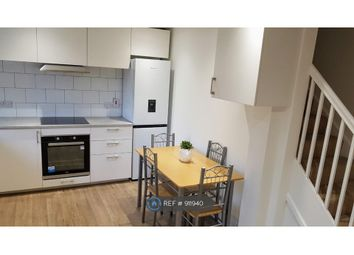 Room to rent in Francis Street, London E15
