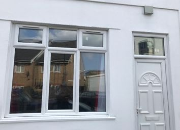 Thumbnail 1 bed flat to rent in Clifford Road, London
