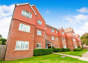 Thumbnail 2 bed flat to rent in Bedfordwell Road, Eastbourne