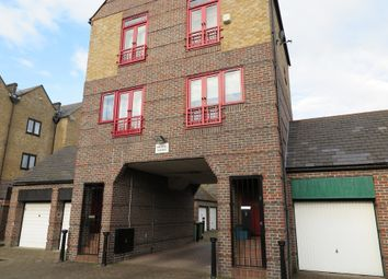 Thumbnail 1 bed town house to rent in Trafalgar Close, London
