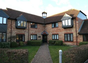 Thumbnail 2 bed flat to rent in Stanbury Gate, Spencers Wood