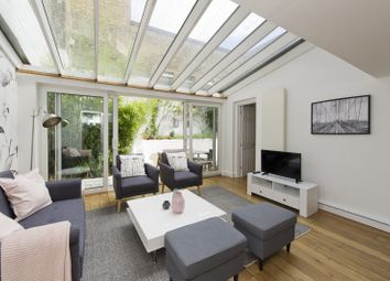 Thumbnail 3 bed flat for sale in Monmouth Road, London