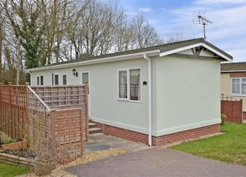 Thumbnail 1 bedroom mobile/park home for sale in Broadway Park, The Causeway, Petersfield, Hampshire