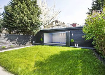 Thumbnail 5 bed property to rent in The Vale, Cricklewood, London