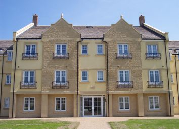 Thumbnail 2 bed flat to rent in Woodley Green, Madley Park, Witney, Oxon