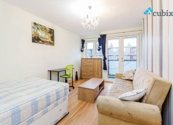Thumbnail 2 bed flat to rent in Phelp Street, London