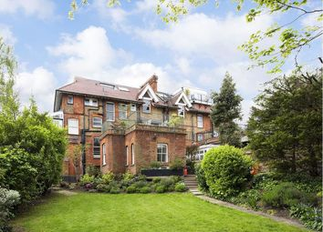 Thumbnail 1 bed flat to rent in Flat 2, Lyndhurst Gardens, London