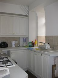 Thumbnail 2 bed flat to rent in Whitehead's Grove, Chelsea London