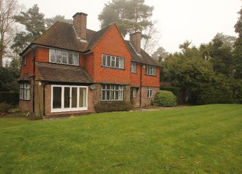 Thumbnail 4 bed detached house to rent in Golf Club Road, Hook Heath, Woking