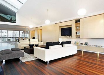 Thumbnail 4 bedroom property to rent in Old Street, London