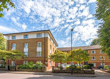 1 bed flat for sale in Victoria Park Road, London E9