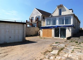 Thumbnail 5 bed detached house for sale in Rhych Avenue, Porthcawl, Mid Glamorgan