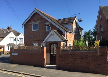 Thumbnail 3 bed detached house to rent in Park Road, Loughborough