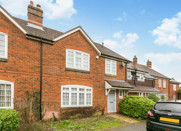 Thumbnail 3 bedroom town house to rent in Crossways, Beaconsfield