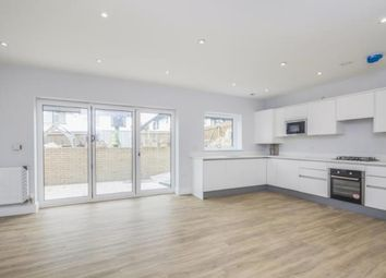 Thumbnail 2 bed flat for sale in The Avenue, Croydon