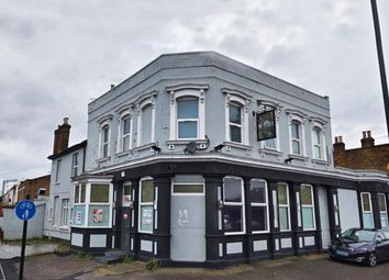 Thumbnail Pub/bar to let in Dames Road, Forest Gate, London