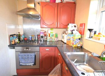 Thumbnail 4 bed town house to rent in Garnet Walk, London