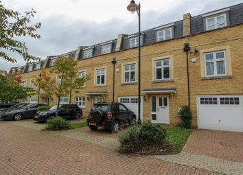 4 bed town house to rent in Storey Close, Ickenham, Uxbridge UB10