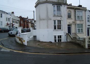 Thumbnail 2 bed flat to rent in Howard Place, Brighton