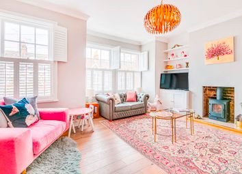 Howgate Road, London SW14. 3 bed flat