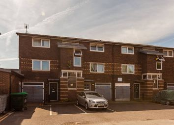 Thumbnail 1 bed flat to rent in Broughton Drive, Brixton