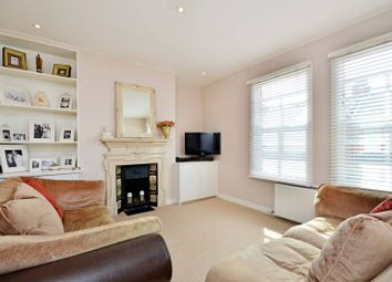 Thumbnail 2 bedroom flat to rent in Oxford Gardens, Chiswick