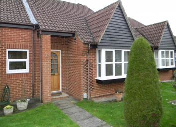 Thumbnail 1 bed bungalow to rent in Emerton Garth, Northchurch, Berkhamsted