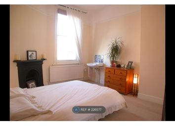 3 bed maisonette to rent in Lavender Hill, London SW11