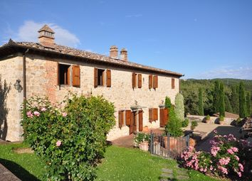Thumbnail 6 bed country house for sale in Casale La Nobil Donna, Gaiole In Chianti, Siena, Tuscany, Italy