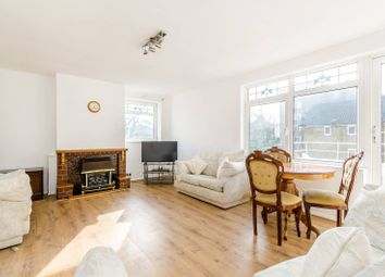 3 bed maisonette to rent in Lawn Terrace, Blackheath SE3