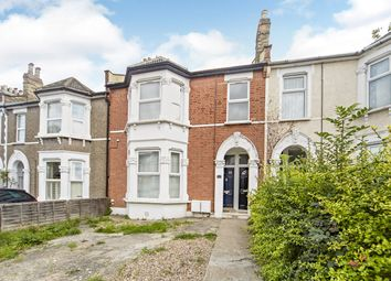2 bed maisonette for sale in Broadfield Road, London SE6