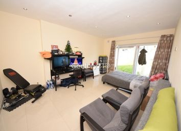 Thumbnail Room to rent in Roding Lane South, Ilford