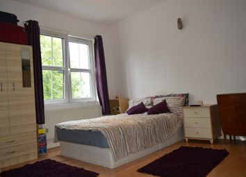 Thumbnail 1 bed flat to rent in Frederick Place, London