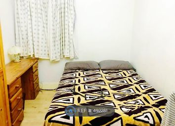 Thumbnail Room to rent in Selborne Gardens, Perivale, Greenford